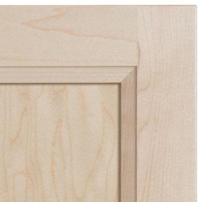 edgewater-maple-cabinet-door-zoom